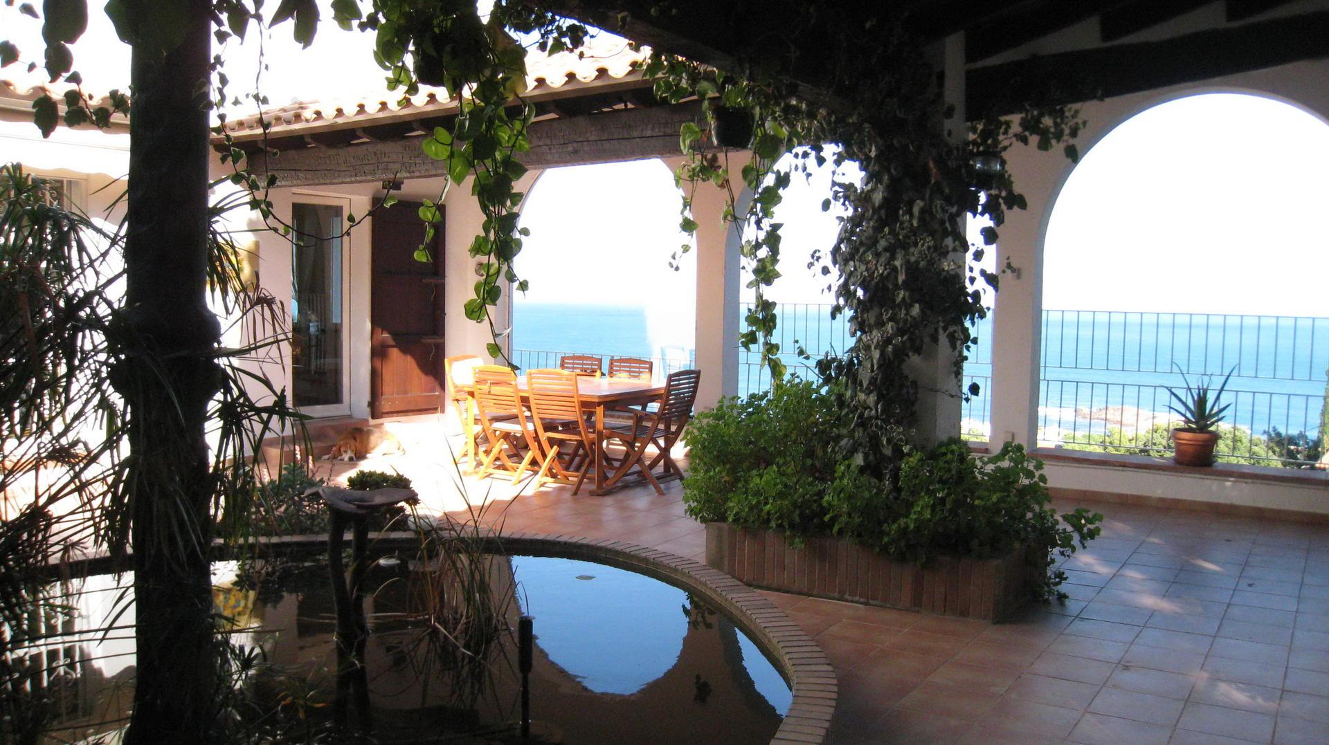 Casa -                               Port De La Selva -                               5 dormitorios -                               10 ocupantes